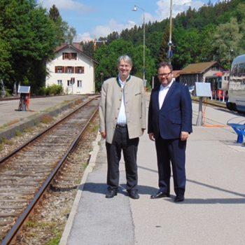 Landtagskandidat Fritz Haugg und Verkehrsexperte Christian Jung, MdB